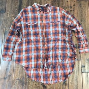 Hi-lo plaid shirt from Buckle